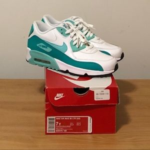 Nike Air Max 90 Leather, Size 7 Youth Turquoise